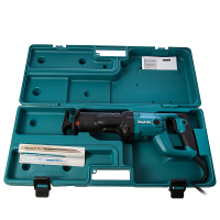 Makita-JR3050T-Reciprocating-Saw-2